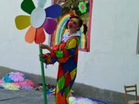 Клоунесса Разноцветка в гостях у младшей и средней групп