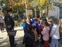 Наш «Теремок» посетил инспектор ДПС.